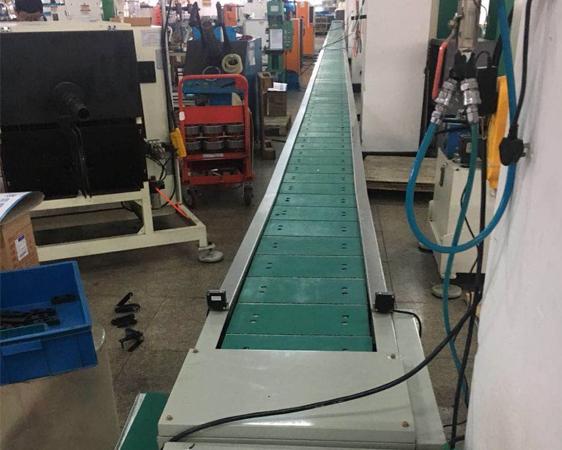 板链装配流水线